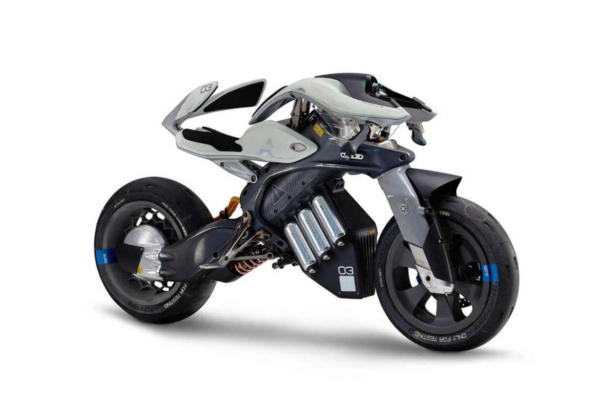 Say Hello to Your New Pet Yamaha MOTOROiD